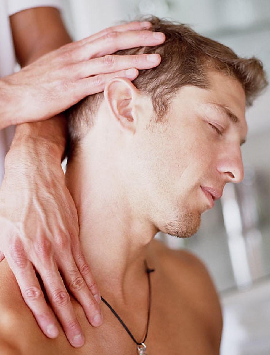 Резкая боль в правом подреберье со спины
