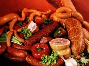 Копчености, колбасы, сосиски