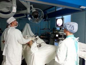 хирургическое вмешательство при лечении артрита