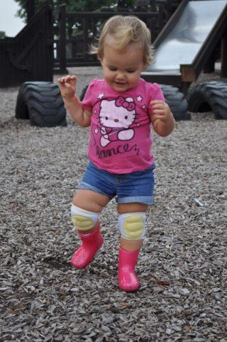 Детский артрит колена