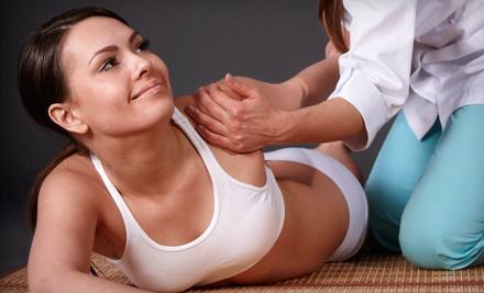 Как делают массаж плечевого сустава