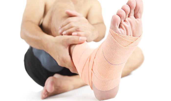 растяжение сухожилий ноги